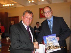 Od lewej: wicemer Samorządu Rejonu Wileńskiego Czesław Olszewski oraz Prezydent Miasta Gdańsk Paweł Adamowicz
