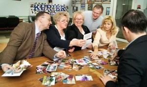 Komisja podczas wybierania zdjęć Fot. Marian Paluszkiewicz