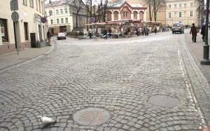Miasto wydawało też pieniądze na utrzymywanie bruków, regulację Wilii i utrzymanie mostów. Ponadto dbano o porządek w mieście: magistrat przestrzegał czyszczenia ulic i rynku Fot. Marian Paluszkiewicz