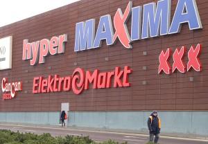 Litewski potencjał gospodarczy stanowią głównie spółki handlowe wywodzące się z prowizorycznego supermarketu otwartego w blaszanym hangarze przy ulicy Ponarskiej w Wilnie Fot. Marian Paluszkiewicz