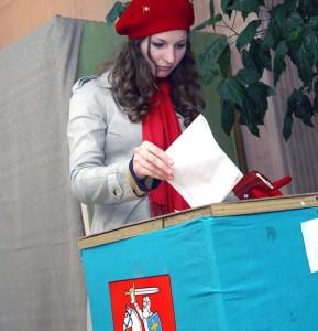 W ubiegłych wyborach udział wzięło nieco ponad 10 tys. emigrantów Fot. Marian Paluszkiewicz