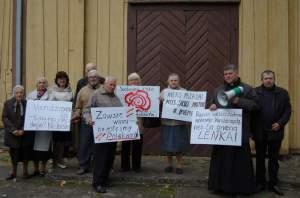Mieskańcy Wędziagoły protestowali przeciw lekceważącemu stosunkowi władz rejonu kowieńskiego do nich