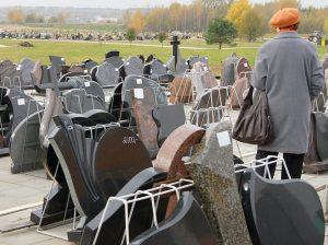 W ciągu zaledwie kilkunastu lat wielowiekowa tradycja pogrzebowa na Wileńszczyźnie stała się zwykłym biznesem  Fot. Marian Paluszkiewicz