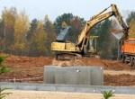 """Prawie 10 ha ziemi wyjętej spod ewidencji Kolegium Wileńskiego przekazano w dzierżawę wieczystą prywatnej spółce """"Lietpak"""" Fot. Marian Paluszkiewic"""