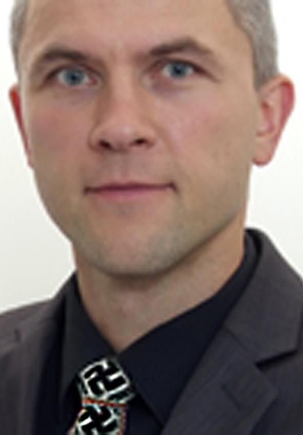Marius Galinis w krawacie ze swastyką Fot. www.vrk.lt