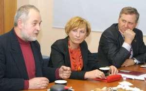 Między przedsiębiorcami, a przedstawicielami uczelni wywiązała się dyskusja<br/>Fot. Marian Paluszkiewicz