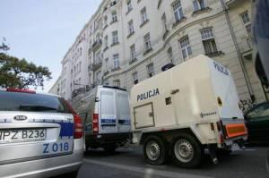 Polskie służby informują, że zamachowiec zamierzał zdetonować 4 tony materiałów wybuchowych, umieszczonych w samochodzie<br/>Fot. ELTA