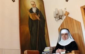 promieniejąca szczerym uśmiechem i dobrocią Matka Ksienia s. Imelda Fot.Marian Paluszkiewicz