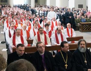 Kapłani różnych wyznań też byli obecni na ingresie Fot. Marian Paluszkiewicz