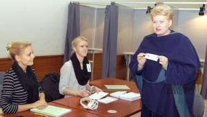 Kwestią sporną pozostaje tu decyzja Dali Grybauskaitė, bo dotychczas nie złożyła ona jednoznacznej deklaracji, że będzie ubiegała się o reelekcję na stanowisku prezydenckim<br/>Fot. Marian Paluszkiewicz
