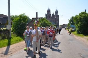Pierwsi pielgrzymi wyruszają z Turgiel Fot. Teresa Worobiej