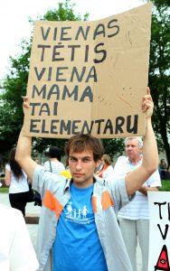"""""""Jeden tato, jedna mama"""" — w Wilnie się odbyło święto rodzin tradycyjnych Fot. ELTA"""
