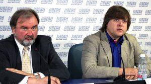 Dainius Stasiūnas i Kęstutis Kupšys uważają, że Litwa ma bardzo poważne problemy z nielegalnym przemytem papierosów Fot. Marian Paluszkiewicz