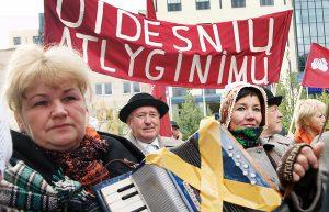 Pracownicy kultury przekonywali, że po prostu walczą o swoje Fot. Marian Paluszkiewicz
