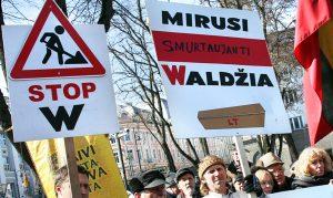 Uprawomocnienie pisowni polskich nazwisk na Litwie ma wymiar bardziej polityczny niż prawny Fot. Marian Paluszkiewicz
