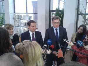 Partnerzy koalicji rządzącej po posiedzeniu Rady Politycznej, na której zostały przedstawione inicjatywy legislacyjne AWPL<br/>Fot. Marian Paluszkiewicz