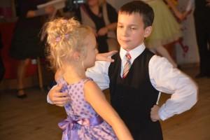 Pary taneczne zachwycały wszystkich gracją z jaką poruszały się w rytmie tańców