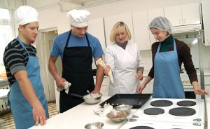 Uczniowie Lilii Wasilewskiej nieraz zajmowali wysokie miejsca w konkursach kulinarnych Fot. Marian Paluszkiewicz