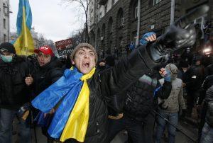 Opozycja domaga się odejścia prezydenta Janukowycza   Fot. ELTA