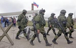 Obok wojskowych zmagań na Krymie w mediach i przestrzeni wirtualnej toczy się prawdziwa wojna propagandowa o przyszłość Ukrainy        Fot. EPA-ELTA