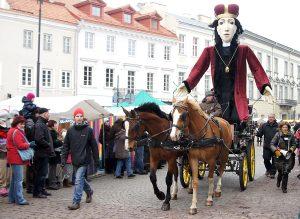Figura symbolizująca św. Kazimierza ― jeden z tradycyjnych elementów jarmarku Fot. Marian Paluszkiewicz