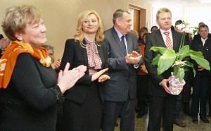 Na uroczystość przybyli także posłowie — Rita Tamaszuniene, przewodnicząca sejmowej frakcji AWPL, Jarosław Narkiewicz, wiceprzewodniczący Sejmu, Leonard Talmont, poseł na Sejm RL z ramienia AWPL Fot. Marian Paluszkiewicz