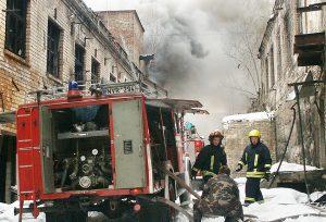 Strażacy ochotnicy są niezastąpieni w trudnych przypadkach Fot. Marian Paluszkiewicz
