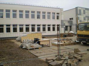 Już w maju b.r. zostanie sfinalizowana renowacja gmachu Gimnazjum w Pogirach, rozpoczęta w 2013 roku