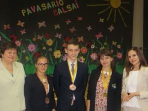 Uhonorowano najlepszych uczniow z geografii Fot. Anna Pieszko