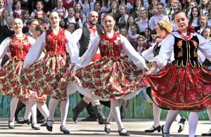 Staranna choreografia, dopracowane kostiumy tancerzy oraz przekaz, jaki niósł ze sobą każdy z występów, przysporzyły widowni wiele niezapomnianych wzruszeń i ogromnych emocji Fot. Marian Paluszkiewicz