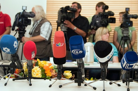 Prasa, radio, telewizja i internet stanowią arenę starć różnych poglądów i ideologii       Fot. Marian Paluszkiewicz