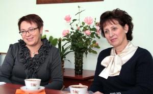 """Dyrektor słynnej """"Piątki"""" Edyta Zubel (od lewej) oraz koordynator edukacji alternatywnej Regina Sawlewicz Fot. Marian Paluszkiewicz"""
