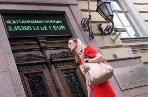 W Narodowym Banku Litwy wymiana zarówno banknotów, jak też monet litowych będzie prowadzona bezterminowo  Fot. Marian Paluszkiewicz