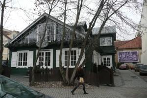W drewnianym domu nr 5 mieszkała Julija Žemaitė Fot. Justyna Giedrojć