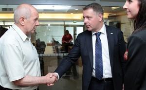 """Prezes """"Vilniji"""" osobiście chciał upewnić się, czy cele Komitetu Ruchu Liberałów są zgodne z jego oczekiwaniami    Fot. Marian Paluszkiewicz"""