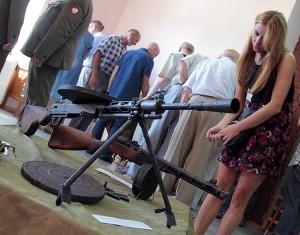 Wystawa uzbrojenia Wojska Polskiego w latach 1914-1944. Na pierwszym planie karabin maszynowy Fot. Marian Paluszkiewicz