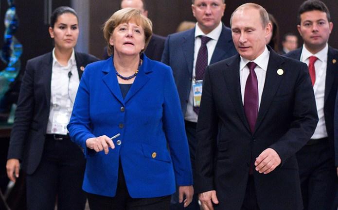 Merkel rozmawia z Putinem, białoruskie MSZ z Finlandią i Szwecją