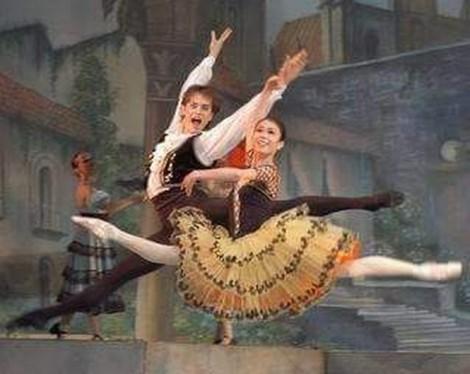 Nerijus Juška ponad 20 lat tańczy na scenie zawodowej Fot. archiwum
