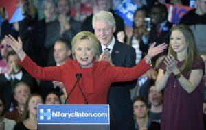 U Demokratów walka była wyrównana — 49,8 procent głosów otrzymała Hilary Clinton Fot. EPA-ELTA
