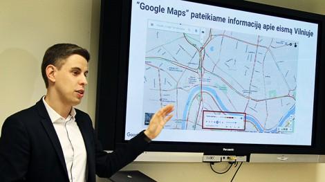 Regimantas Urbanas zaprezentował nową aplikację — Google Maps Transit Fot. Marian Paluszkiewicz