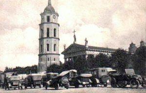 Plac Katedralny w Wilnie w latach 20-tych XX w. Fot. archiwum