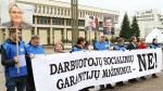 Pod Sejmem protesty przeciwko zmianom w Kodeksie Pracy