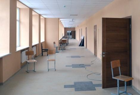 Kontynuuje się prace rekonstrukcji i remontów kapitalnych instytucji oświatowych