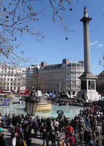 Trafalgar Square jest najbardziej znanym placem w Londynie Fot. Justyna Giedrojć