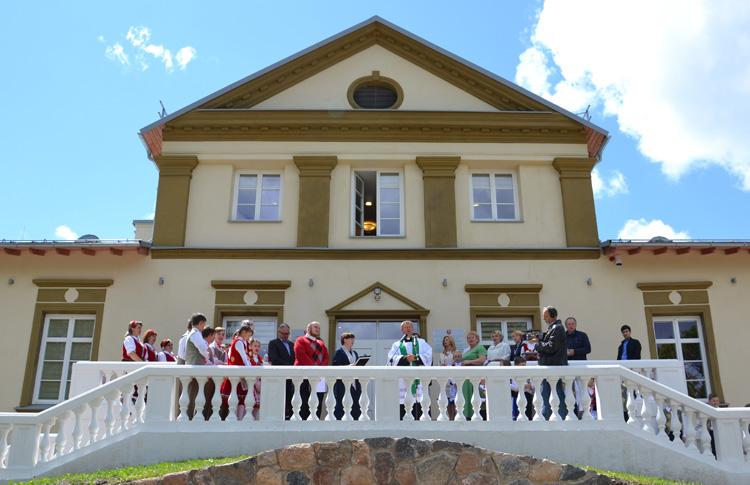 W Centrum Tradycyjnego Rzemiosła w dworze Houwaltów ożyją tradycje, rzemiosło i folklor