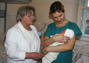Mówi się, że u doktor Hanny Strużanowskiej urodziło się pół Wilna Fot. Marian Paluszkiewicz
