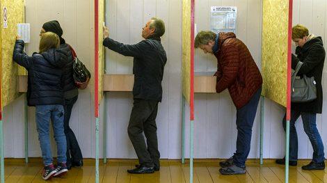 Niska frekwencja oznacza, że duża część wyborców nie znalazła kandydatów, którym mogłaby zaufać — uważa dr Andrzej Pukszto Fot. Marian Paluszkiewicz