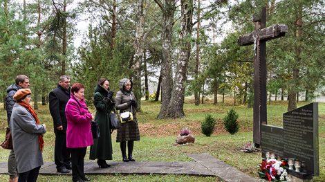 Modlitwa w języku ojczystym za rodaków — od rodaków Fot. Marian Paluszkiewicz