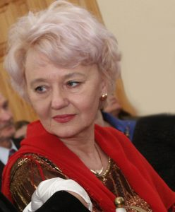 """""""Jestem przekonana, że tegoroczna oferta festiwalowa spotka się z podobnie życzliwym przyjęciem, jak i poprzednie"""" — mówi Lilija Kiejzik"""