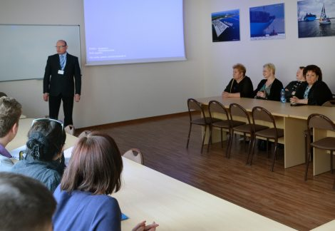 """Jednym z głównych punktów wyjazdu był udział w konferencji """"Wyzwania gospodarki globalnej 2016"""" Fot. archiwum"""